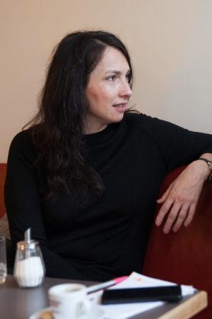 """""""Hannah – Ein buddhistischer Weg zur Freiheit"""" Ein Interview mit Marta György-Kessler"""
