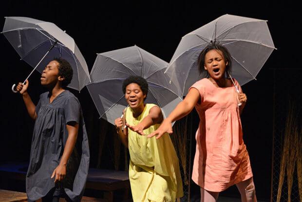 Mbuzeni von Koleka Putuma und Ensemble