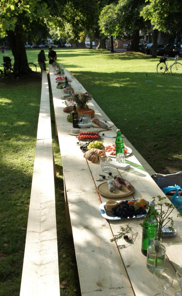 Langer Tisch im Park Sachsenring,festlich gedeckt