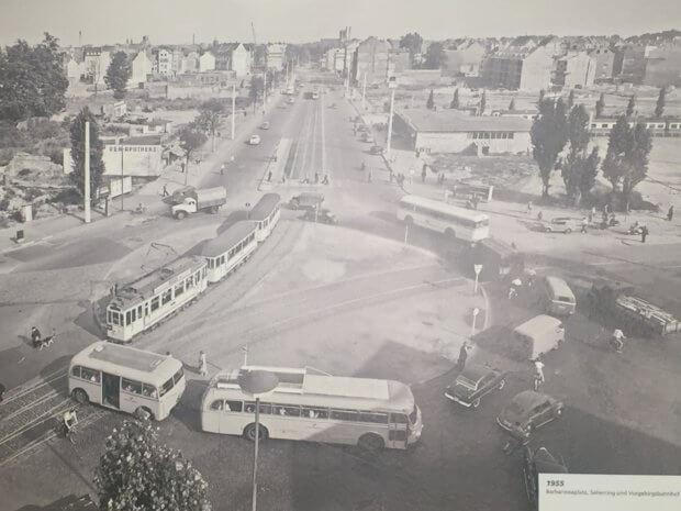 Barbarossaplatz 1955, Führung Schwarze Sonne Barbarossaplatz