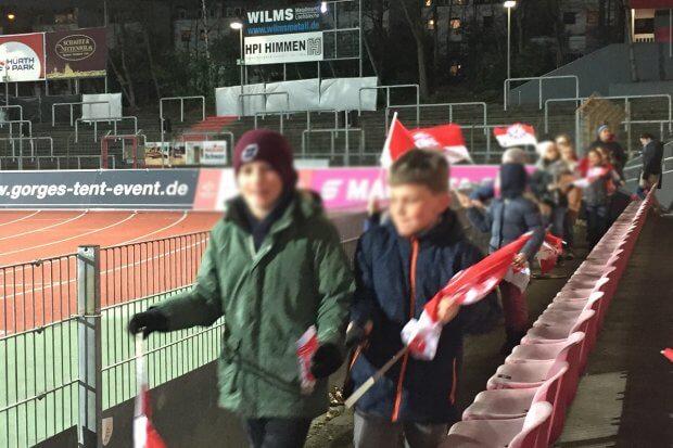 Fortuna vs. Osnabrück 0-0 - Fortuna Familia - Einlaufkinder