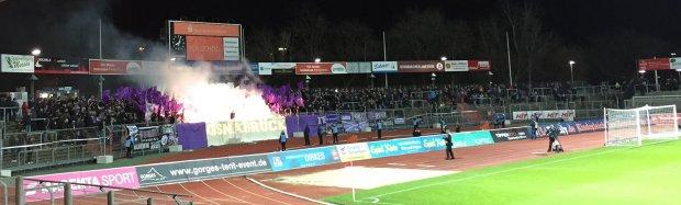 Fortuna vs. Osnabrück 0-0 - Fortuna Familia - Pyrotechnik
